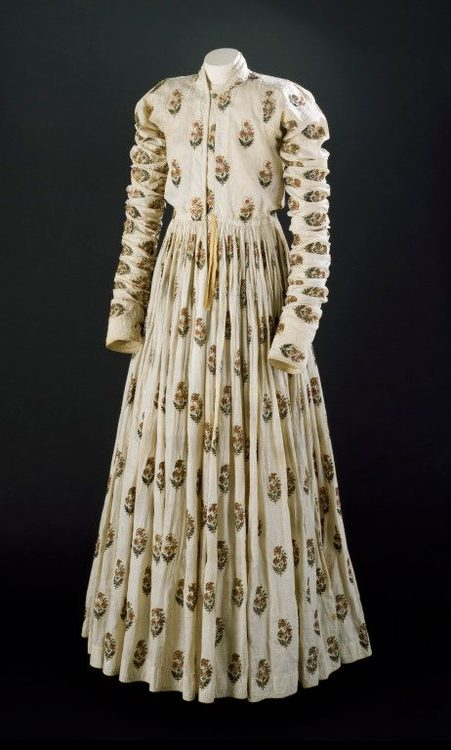 Late Mughal Period Costumes Vintagesareeblouse