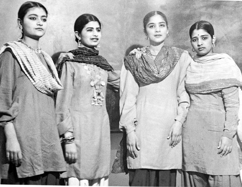 Delhi Fashion Trends