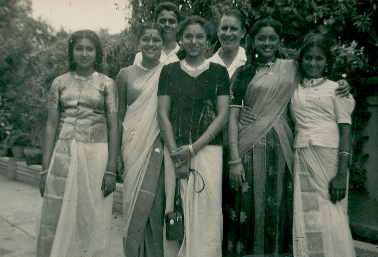 The Kerala Post Vintage Indian Clothing