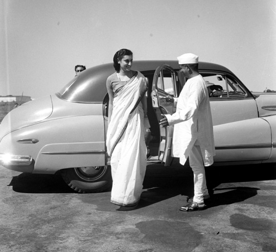 Studio/3.10.49, A22a(I) Mrs. Indira Gandhi photographed at Palam Aerodrome on Oct. 3, 1949 before her departure for London, from where she is expected to join the Hon'ble Pandit Jawaharlal Nehru Prime Minister in U.S.A. during his forth coming tour to that country.